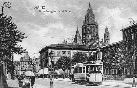 Altes Foto einer Straßenbahn in Mainz